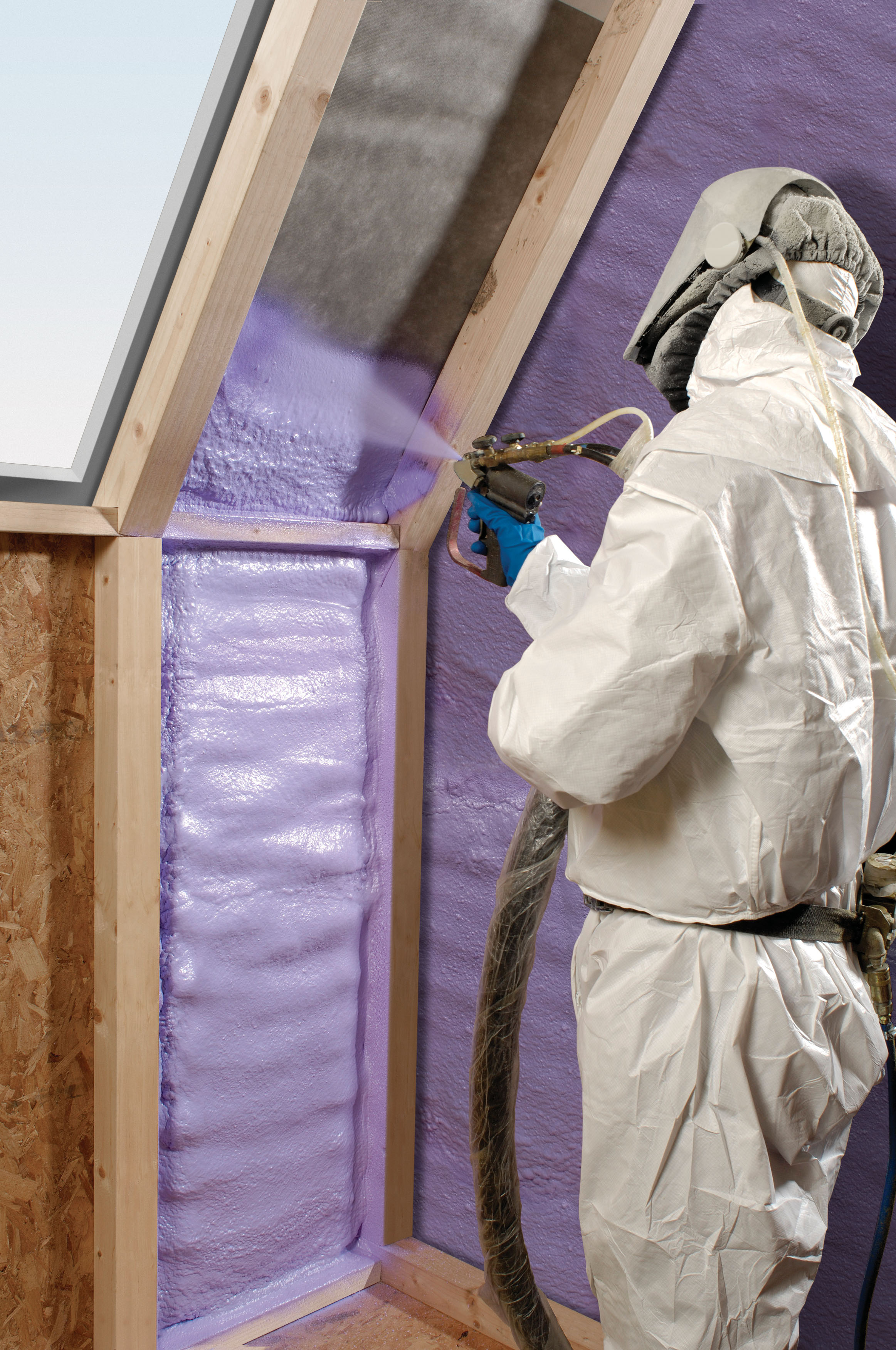 what is the difference between 2lb spray foam and 1 2lb spray foam